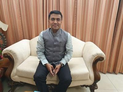 गोवा के विधायक निर्वाचन क्षेत्रों में कोविड रोकने के लिए युद्दस्तर पर काम करेंगे-सीएम