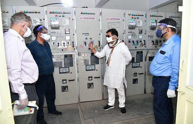 विद्युतकर्मी स्वयं की भी रक्षा करें, उपभोक्ताओं को भी बचायें : श्रीकान्त शर्मा