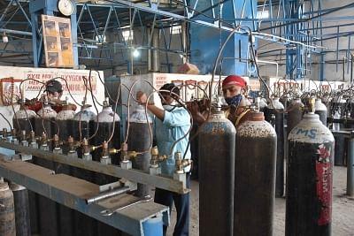 दिल्ली : ऑक्सीजन आपूर्ति सुनिश्चित करने को 3 आईएएस अधिकारी तैनात