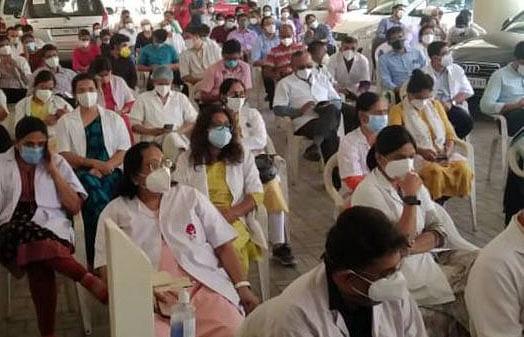 medical-teachers-association-picket-junior-doctors-also-support