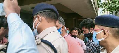 बिहार में लॉकडाउन के नियमों की धज्जियां उड़ाने के आरोप में पप्पू यादव गिरफ्तार
