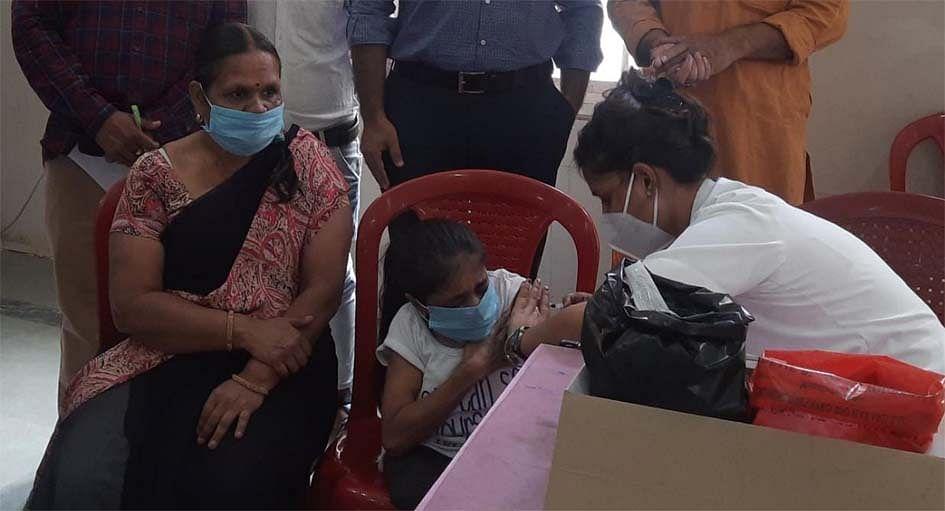 गुना : टीकाकरण : गांवों में भी बढऩे लगा रुझान
