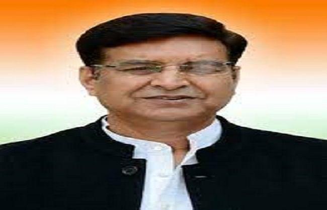 गांवों में सेवा दिवस के नाम पर चुनाव मैनेज में जुटी भाजपा: प्रीतम सिंह