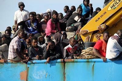 लीबिया में 340 अवैध प्रवासियों को बचाया गया: यूएनएचसीआर