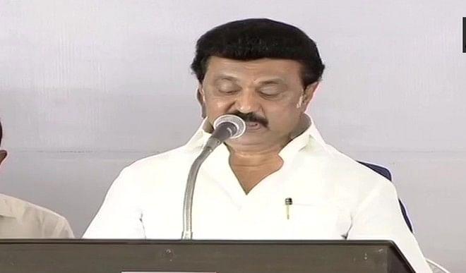 द्रमुक अध्यक्ष एम के स्टालिन ने तमिलनाडु के मुख्यमंत्री पद की शपथ ली