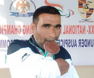 दुर्घटना में दोनों हाथ गंवाने पर भी नहीं मानी हार, तैराकी में जीते 150 पदक