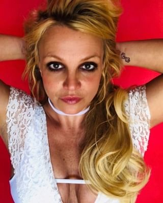 ब्रिटनी स्पीयर्स को अपने बालों के साथ प्रयोग करना पसंद