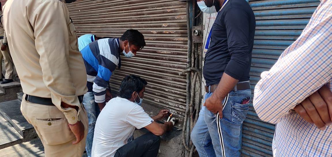 रायपुर : लॉकडाउन का उल्लंघन : न्यू नेताजी होटल को निगम ने किया सील