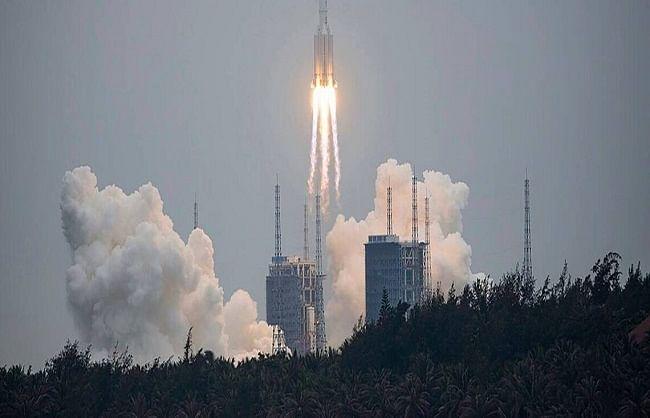 चीन के बेकाबू राकेट से दुनिया चिंतित, पृथ्वी पर मचा सकता है तबाही