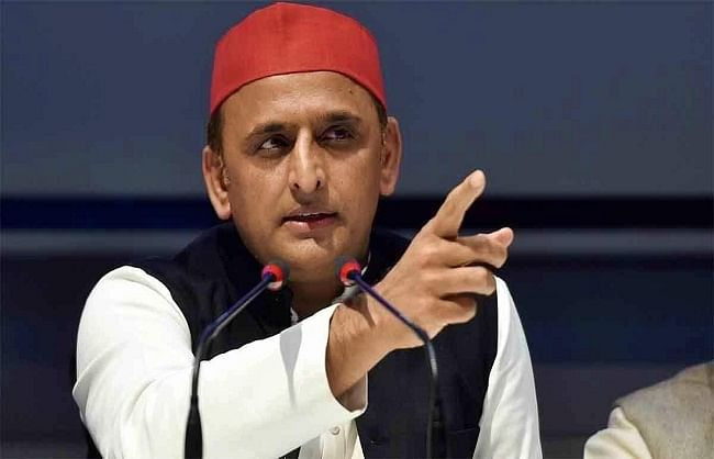 bjp-discusses-cabinet-reorganization-to-divert-attention-from-corona---akhilesh