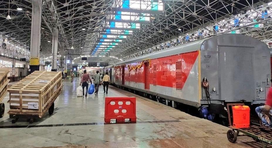 पश्चिम रेलवे ने लीज टेंडरों से अर्जित राजस्व में दर्ज की वृद्धि