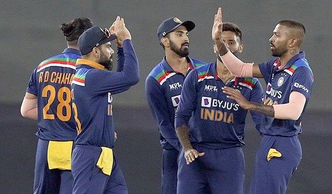 श्रीलंका दौरे पर कौन बनेगा भारत का कप्तान और किन खिलाड़ियों को मिलेगा मौका ?