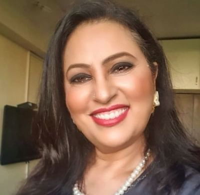 हमें हर तरह के यौन अभिविन्यास को स्वीकारना चाहिए : नीलू कोहली