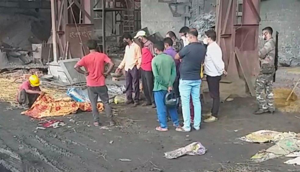 वैष्णवी फेरो टेक प्लांट में मजदूर की मौत, ग्रामीणों ने किया बवाल