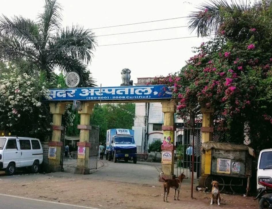 dm-roshan-kushwaha-ordered-health-committee-to-purchase-life-saving-drugs