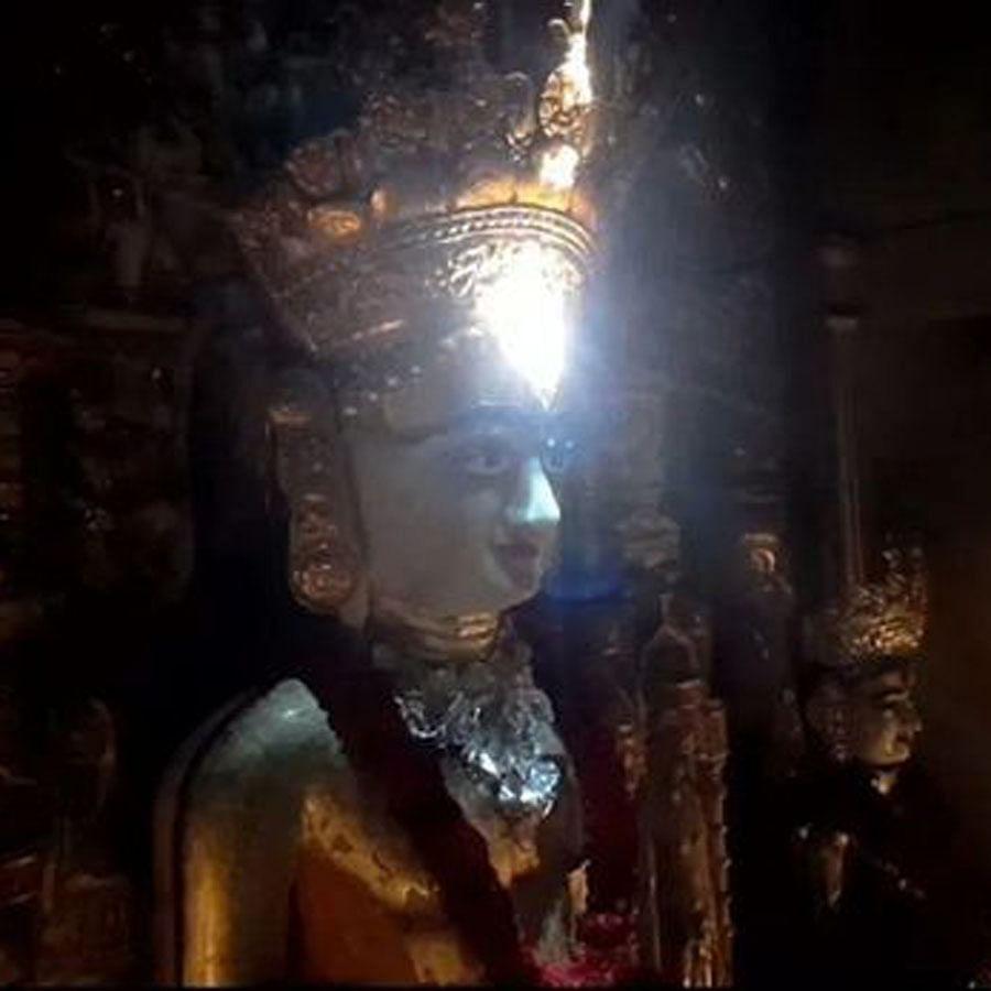 gujarat-like-every-year-nature-did-mahavira-swami-of-koba-surya-tilak