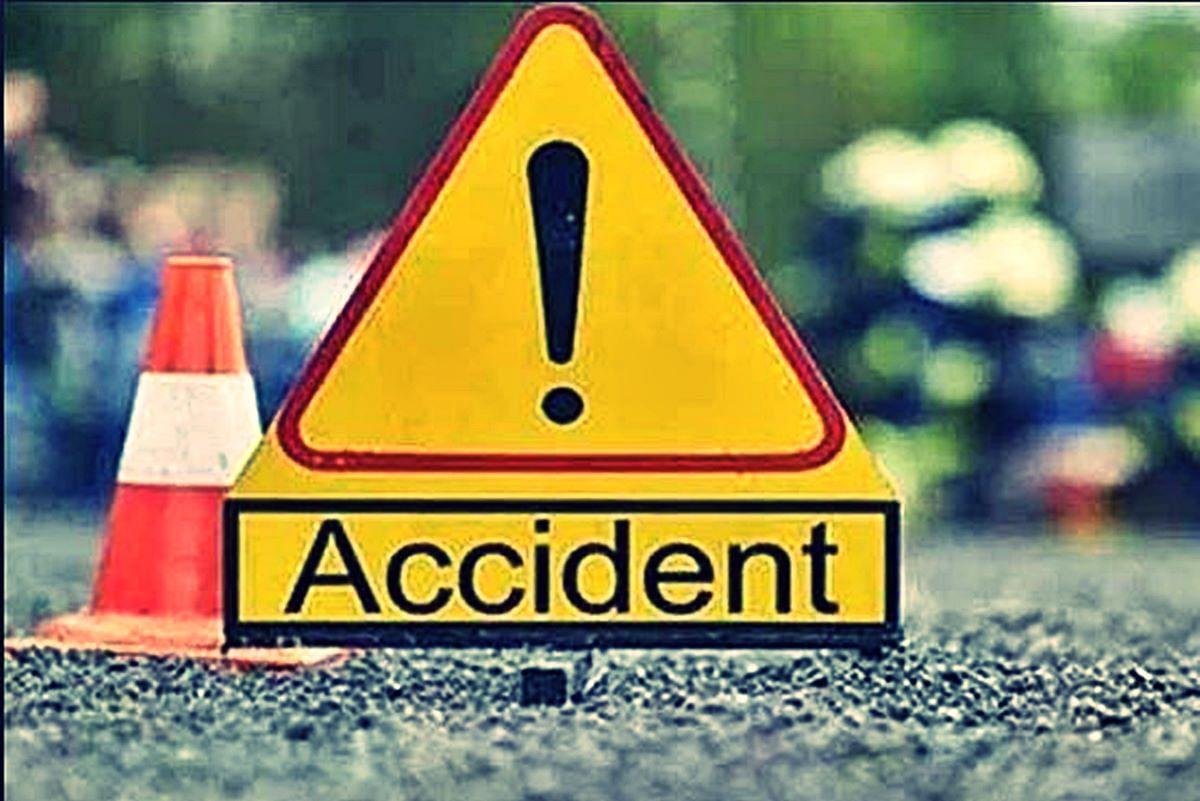 सड़क हादसों में दो लोगों की मौत, एक घायल