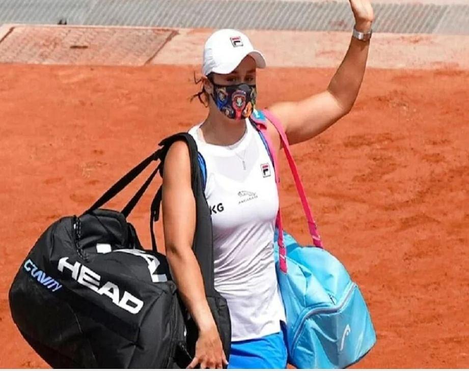 फ्रेंच ओपन : दूसरे दौर से रिटायर्ड हर्ट होकर टूर्नामेंट से बाहर हुईं एश्ले बार्टी
