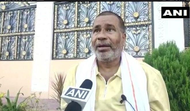 RJD में भविष्य तलाश रहे BJP एमएलसी टुन्ना पांडेय, नोटिस मिलने के बाद शहाबुद्दीन के बेटे से की मुलाकात