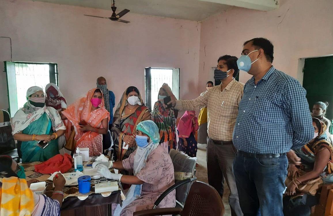 कैमूर के रामपुर में था 500 का लक्ष्य,1060 को लगा टीका