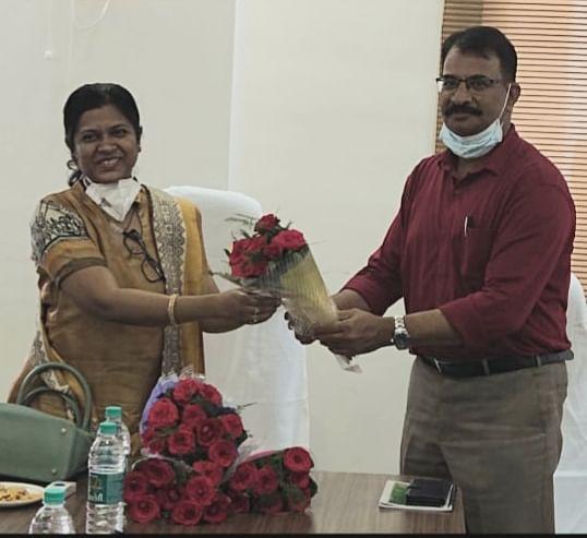रायपुर : किरण कौशल ने संचालक खाद्य का कार्यभार ग्रहण किया
