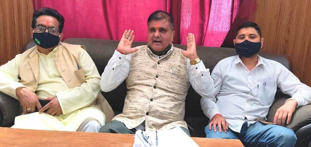विधायक महेंद्र भट्ट ने मुख्यमंत्री को बदरीनाथ से चुनाव लड़ने का न्योता दिया