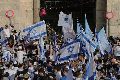 हमास ने इजरायल को यरुशलम के फ्लैग मार्च पर तनाव नहीं बढ़ाने की चेतावनी दी