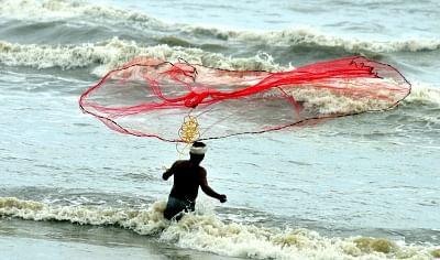 मछली पकड़ने वाले चीनी जहाजों ने छीनी पाकिस्तानी मछुआरों की आजीविका
