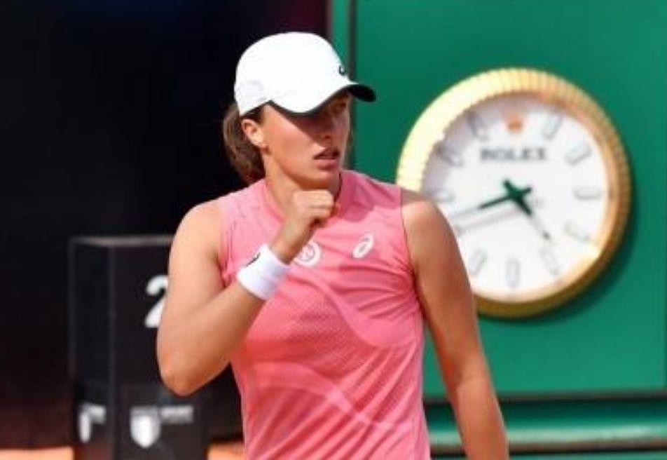 फ्रेंच ओपन टेनिस टूर्नामेंट के क्वार्टर फाइनल में पहुंची इगा स्विएतेक