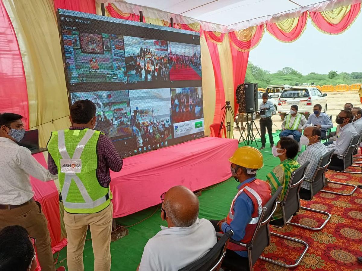 मुख्यमंत्री ने हमीरपुर के 8544 श्रमिकों के खाते में भेजी 85.44 लाख की सहायता राशि