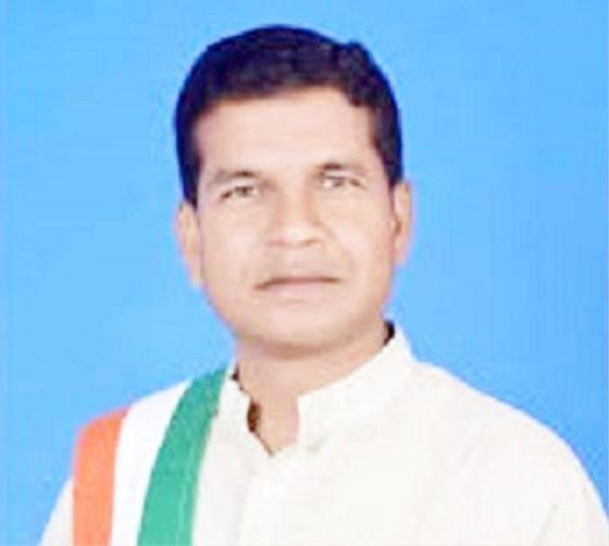 रायपुर के मोहन मरकाम ने केंद्र सरकार की नीतियों को जनविरोधी बताया