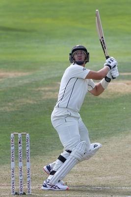 बकिंघम टेस्ट (लंच रिपोर्ट) : न्यूजीलैंड को 23 रनों की बढ़त, स्कोर 326/5