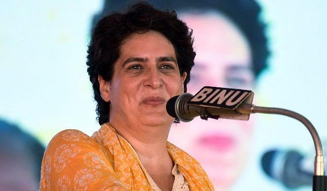 आगरा के अस्पताल में मॉक ड्रिल मामले में प्रियंका गाधी ने साधा योगी सरकार पर निशाना