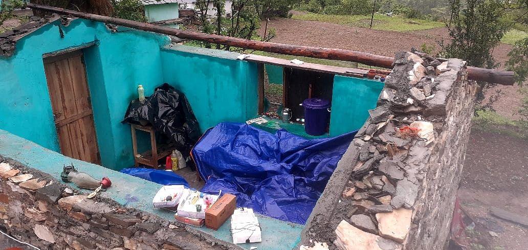 उत्तरकाशी जिले में तूफान से तबाही