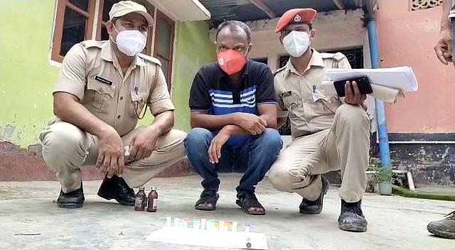 कांग्रेस प्रवक्ता का भाई ड्रग्स समेत गिरफ्तार