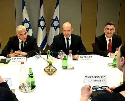 नई इजरायली गठबंधन सरकार रविवार को शपथ लेगी
