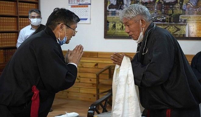 दावा सेरिंग बने तिब्बती संसद के प्रोटेम स्पीकर, दिलाई गई पद एवं गोपनियता की शपथ