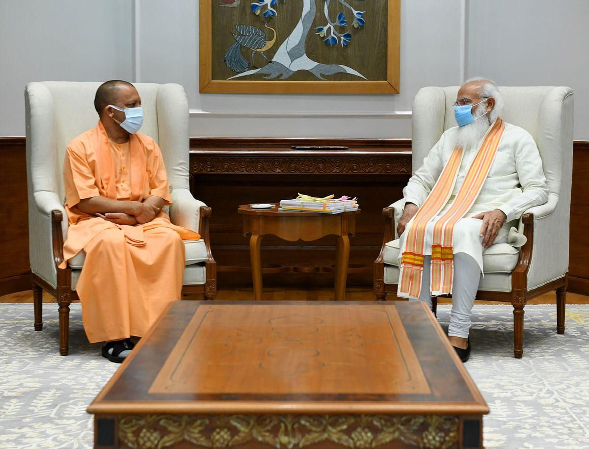 प्रधानमंत्री से मिलकर योगी ने की सरकार, संगठन व सहयोगियों की भूमिका पर चर्चा