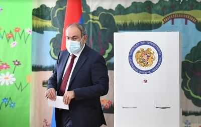अर्मेनिया की सत्ताधारी पार्टी संसदीय चुनावों में आगे