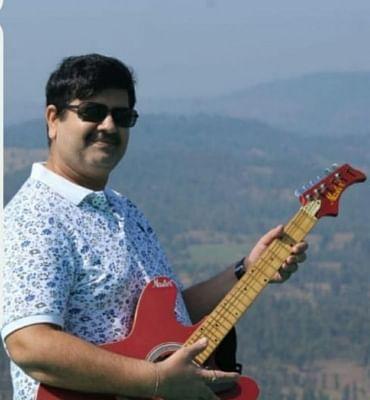 एसयूवी-हिरेन मामला : एनआईए ने पूर्व एनकाउंटर स्पेशलिस्ट प्रदीप शर्मा को गिरफ्तार किया (लीड-2)