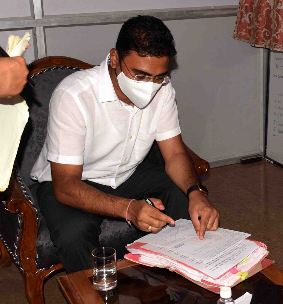 कोरबा : नगर निगम के नए आयुक्त कुलदीप शर्मा ने पदभार ग्रहण किया