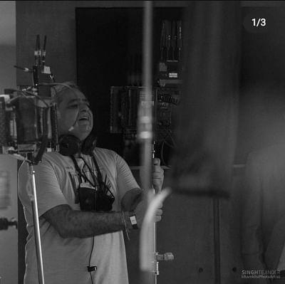 हंसल मेहता और उनके दोस्त अनुभव सिन्हा की अगली फिल्म फ्लोर पर