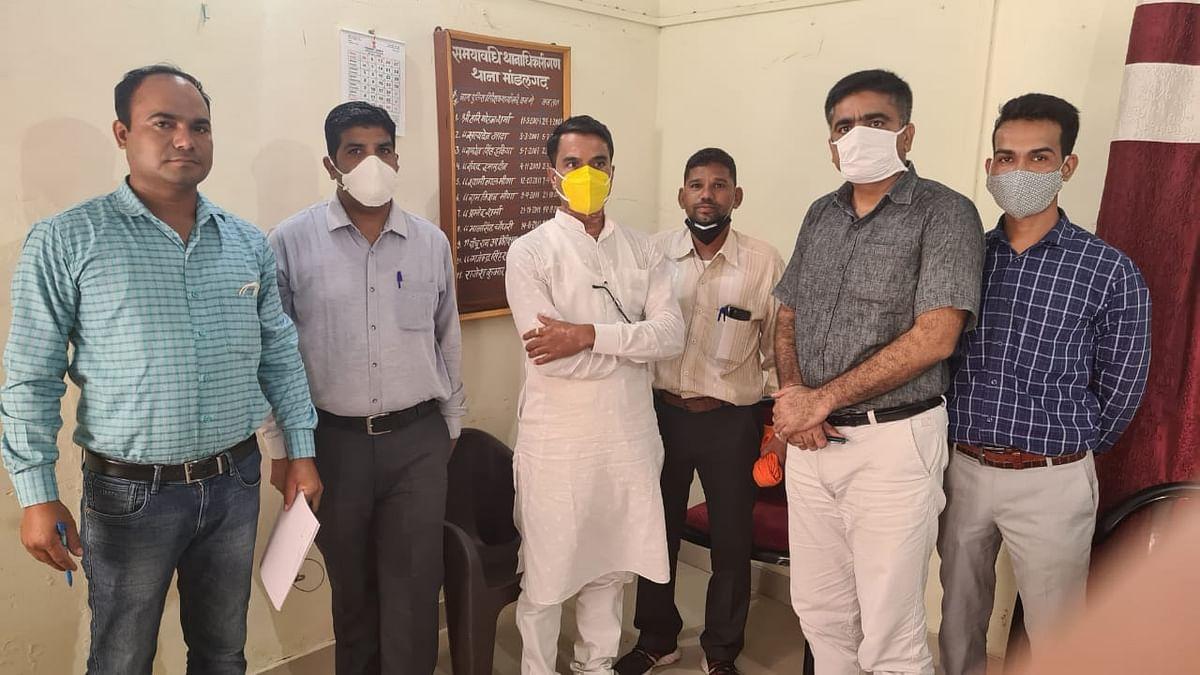 मांडलगढ़ पालिका अध्यक्ष रिश्वत लेते हुए रंगे हाथों गिरफ्तार