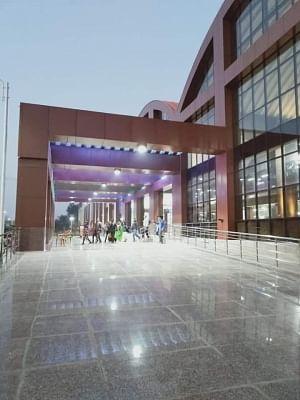 वाराणसी में हरे भरे होंगे 12 रेलवे स्टेशन