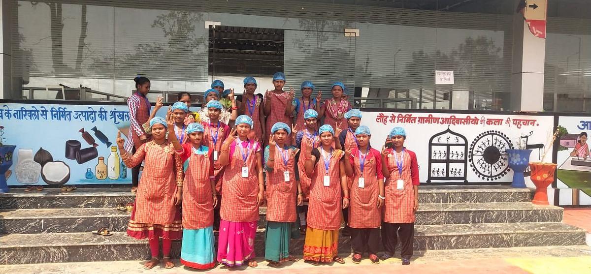 कोण्डागांव - बिहान' की महिलाओं ने गढ़ा सफलता के नये प्रतिमान