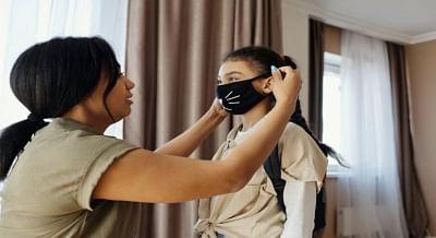 बच्चों में कोविड के लक्षणों को जल्दी पकड़ने के लिए आवश्यक कदम उठाएं