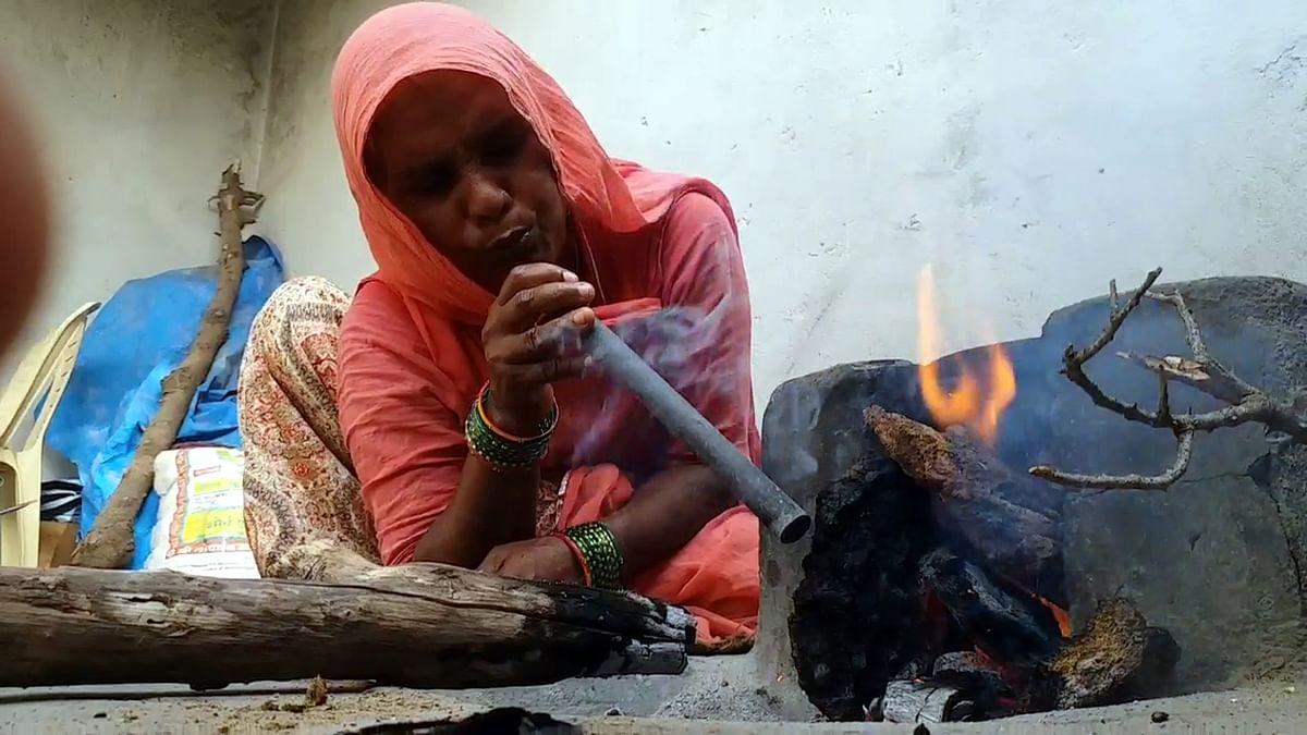 राजस्थान में 38 लाख महिलाओं के लिए 'उज्जवला' की लौ तले महंगाई का अंधेरा