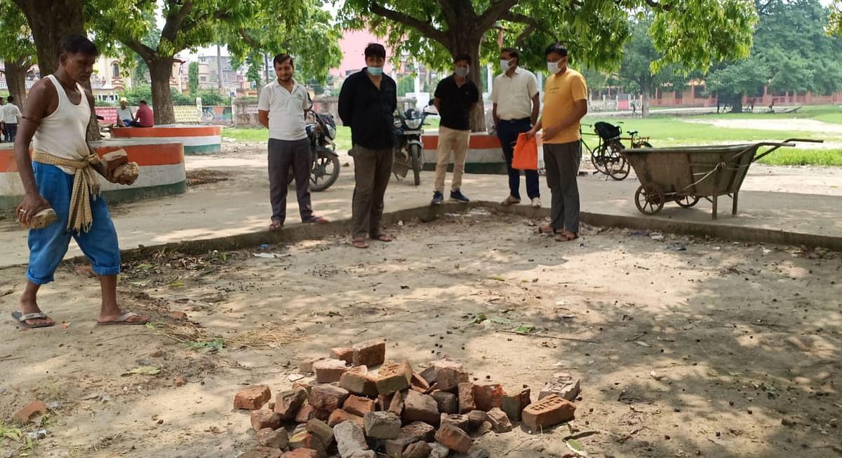 विद्यार्थी परिषद की पहल पर नगर निगम ने शुरू की कॉलेज में साफ-सफाई