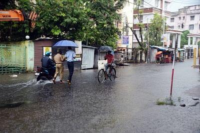 दिल्ली और आसपास के इलाकों में बारिश के लिए हालात माकूल नहीं