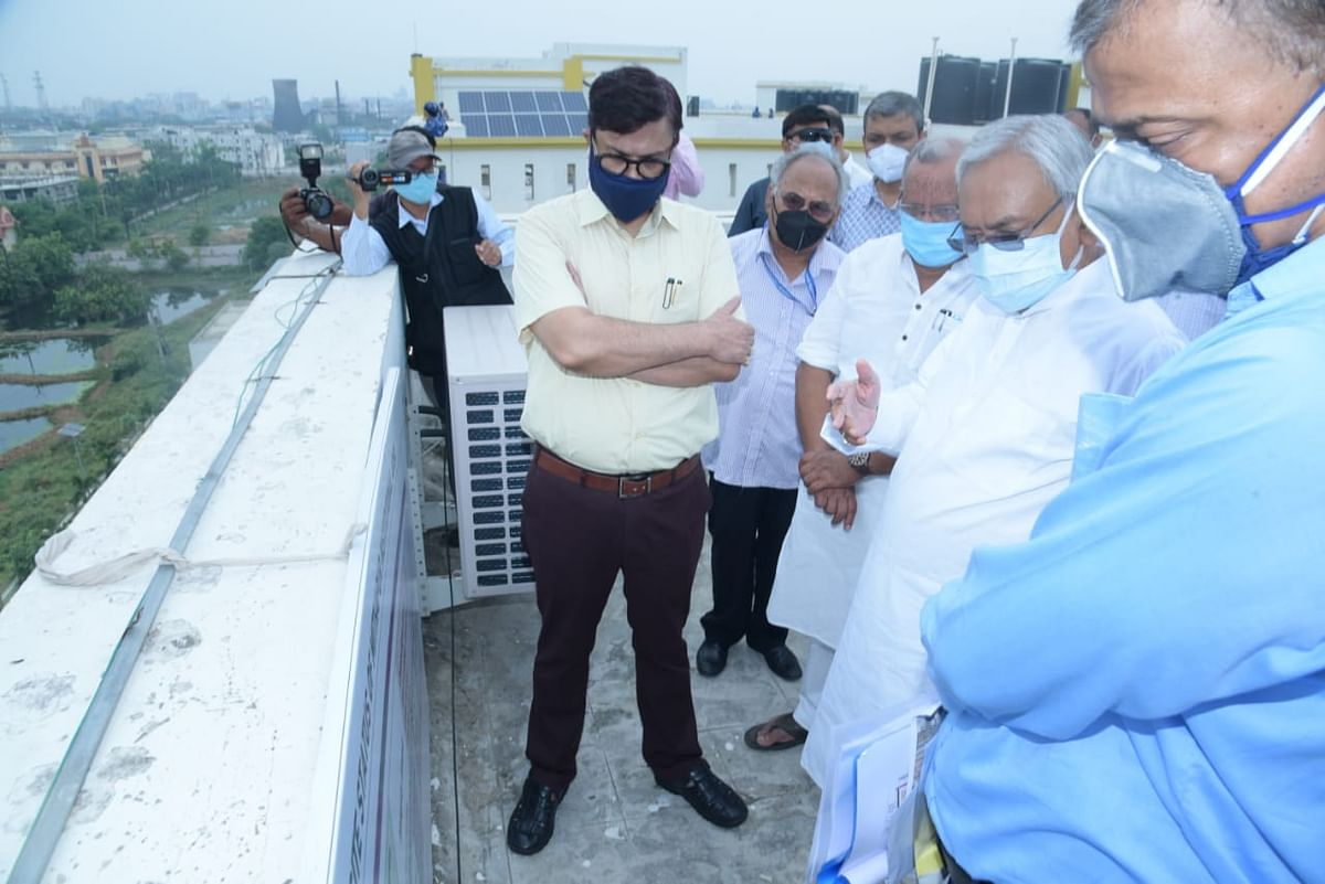 update-chief-minister-took-stock-of-development-works-in-patna-junction-and-mithapur